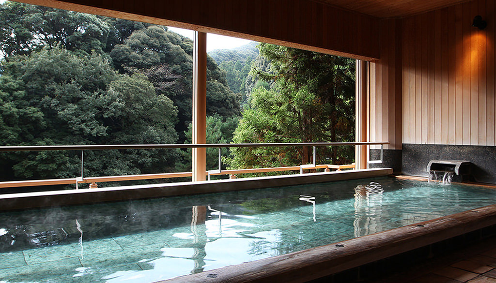 2nd Floor: Komorebi-no-Yu (Dappled Light Bath)