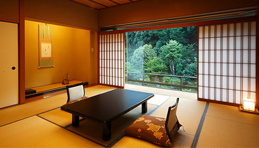 Japanese-Western-style Room (12.5 tatami mat-size + twin beds / Garden-side)