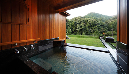 Premium Suite B with Private Outdoor Bath (Mountain-side)