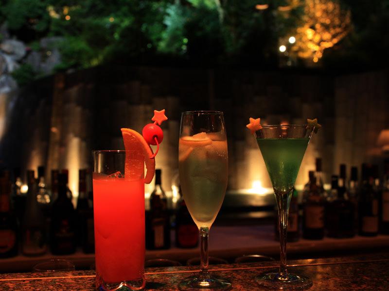 クリスマス シャンパン&カクテルフェア開催します。12月22日~25日