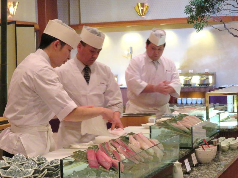 【料理】ふく、鯛、いか…本日の鮮魚を心ゆくまで。大谷山荘、冬の特別ディナービュッフェのご案内