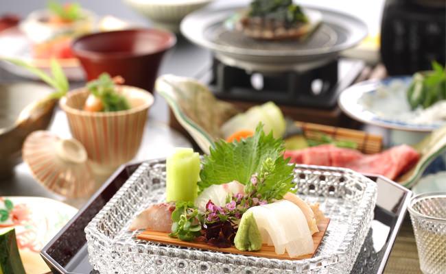 【お食事】山口県産鱧やキジハタ、仙崎イカなどご堪能~夏会席のご案内