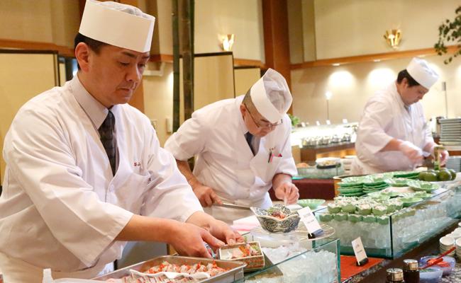 【お食事】夏休みディナービュッフェのご案内