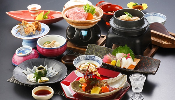 Enjoy a soothing winter onsen trip