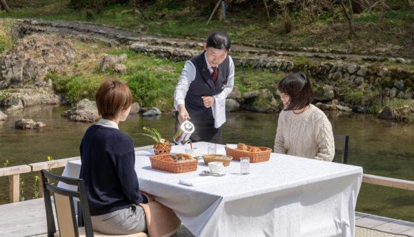 渓流を愉しむ初夏のお誘い【川床プラン】