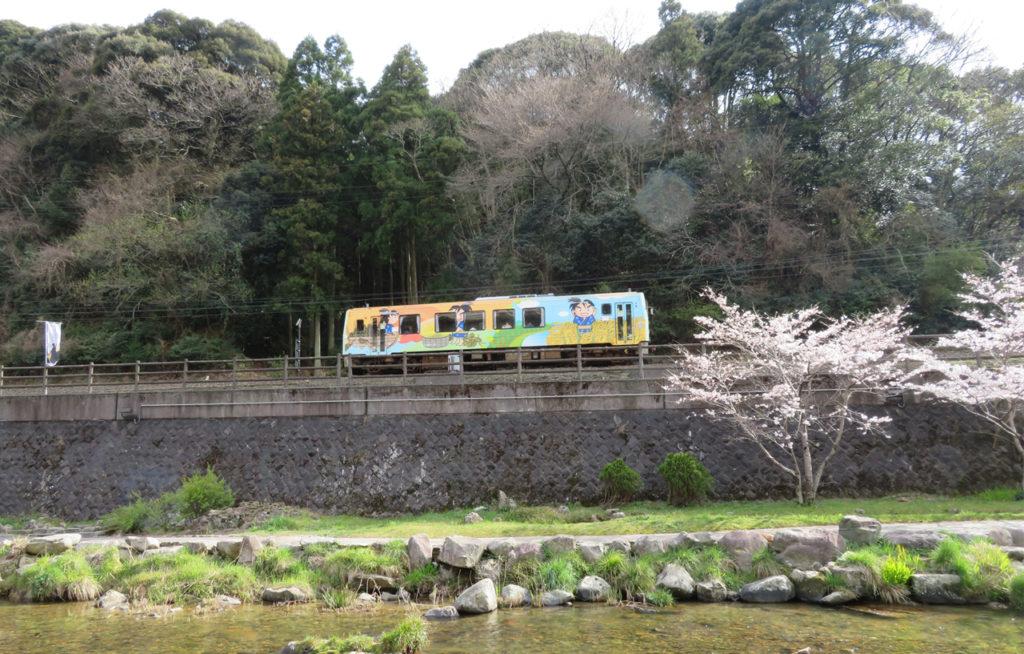【山口観光】春休み・GWは、長門・萩の旅へ出かけませんか?JR西日本、春の臨時快速列車のご案内