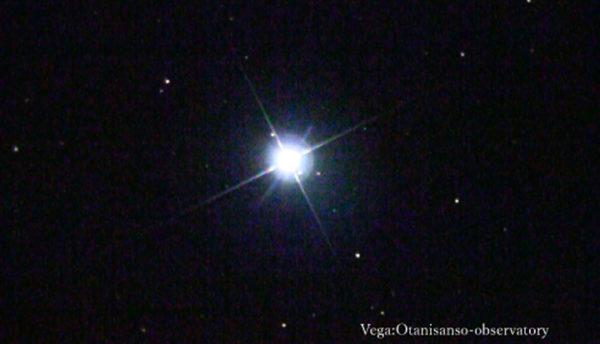 【6月の天体ドーム】夏の空に現れる星は、青やオレンジと宝石のよう。美しく輝く天体を観測します。